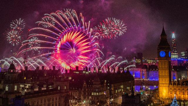 096e07c821f Fuegos artificiales y fin de año en Londres